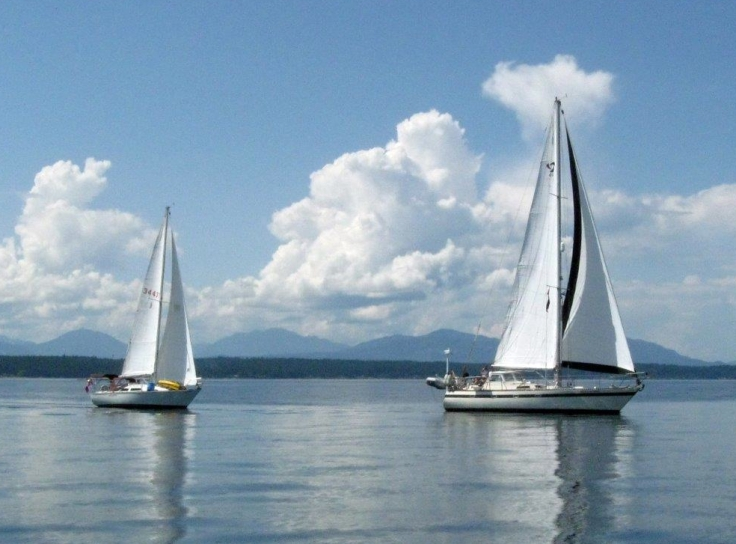twosailboats